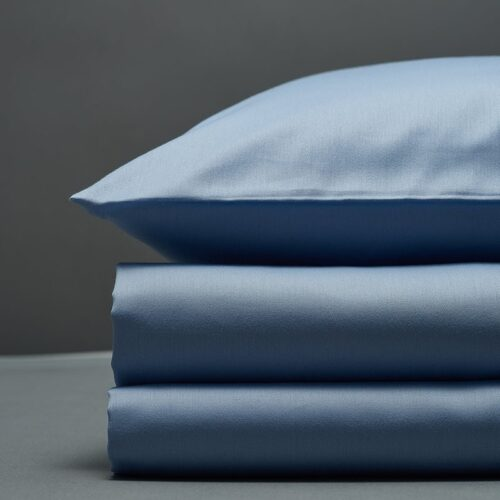 Šviesiai mėlynas satino patalynės komplektas | Bedroommood