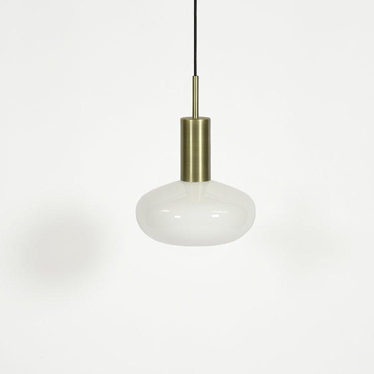 Baltas su žalvariu GAMBI šviestuvas | ENO Studio