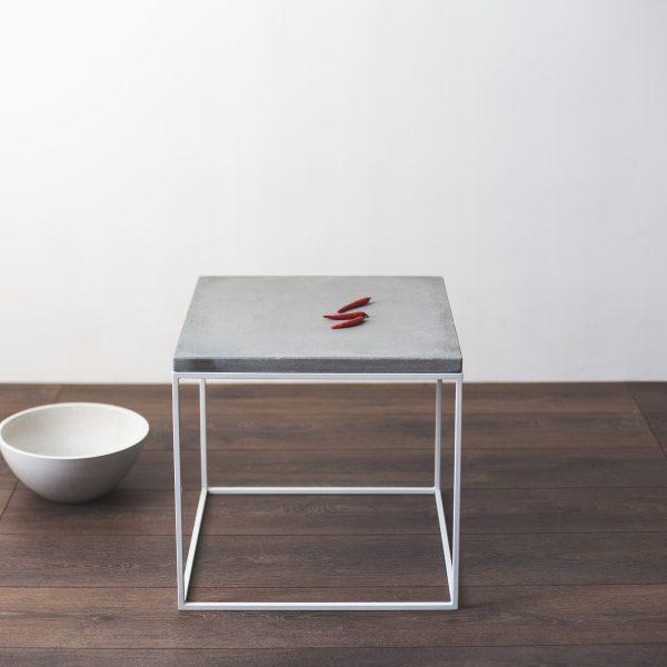 Pilkas staliukas W-grey | IDDO