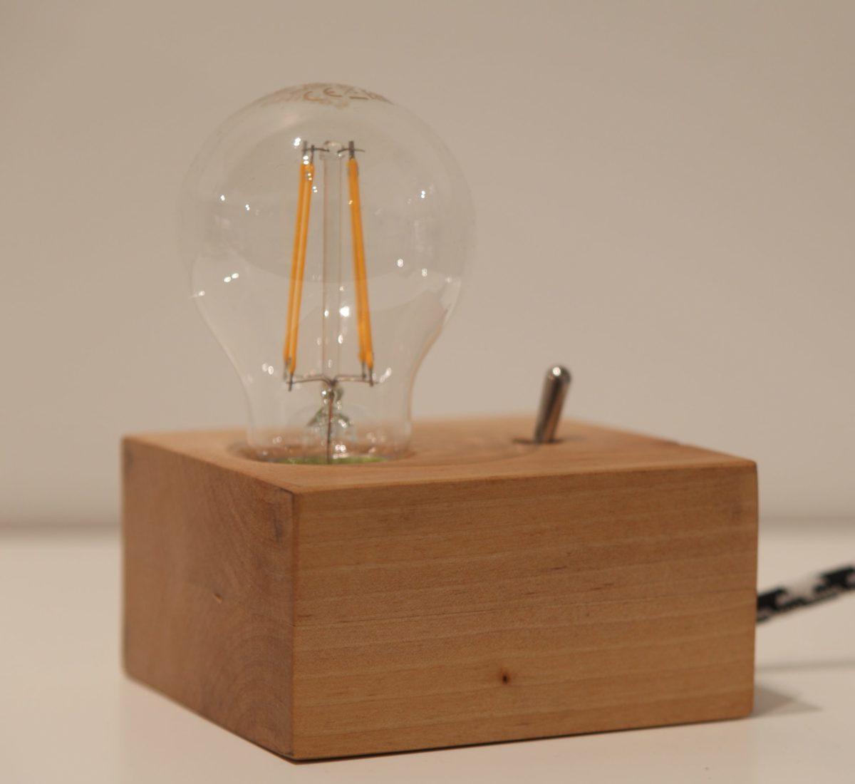 Vintažinio stiliaus šviestuvas