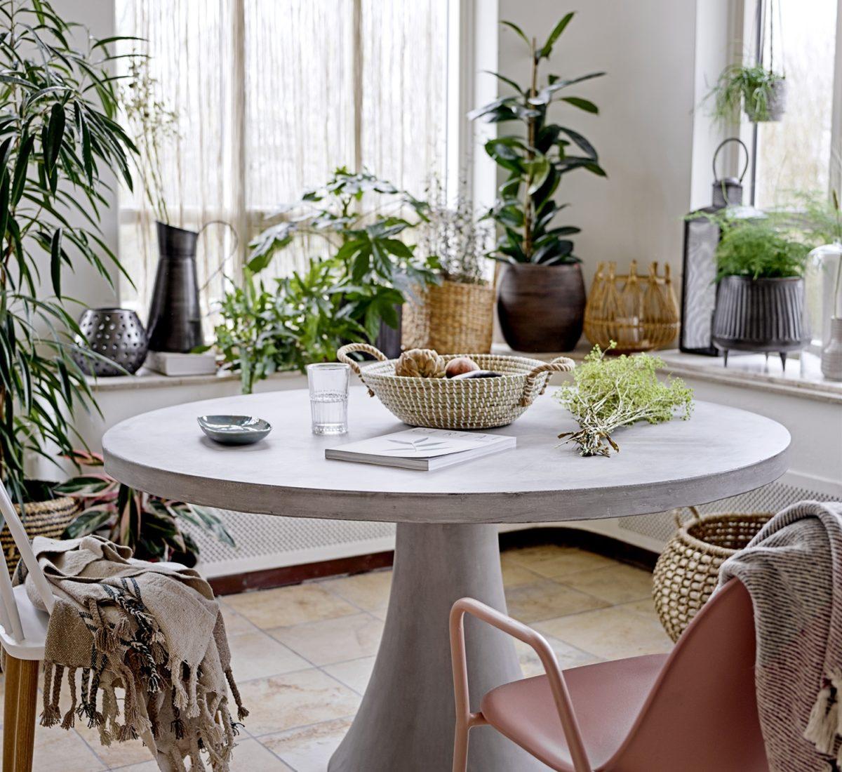 Mesa valgomojo stalas | Bloomingville