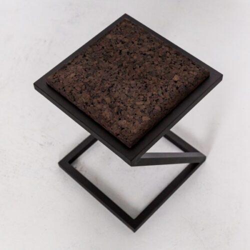 Kėdutė X | IDDO