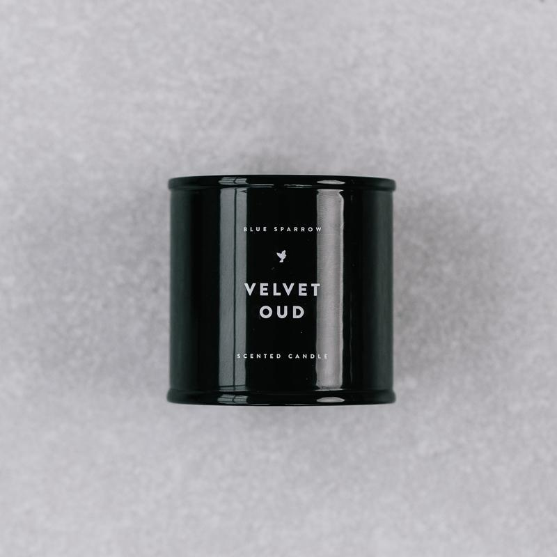 Maža Velvet Oud žvakė | Blue Sparrow